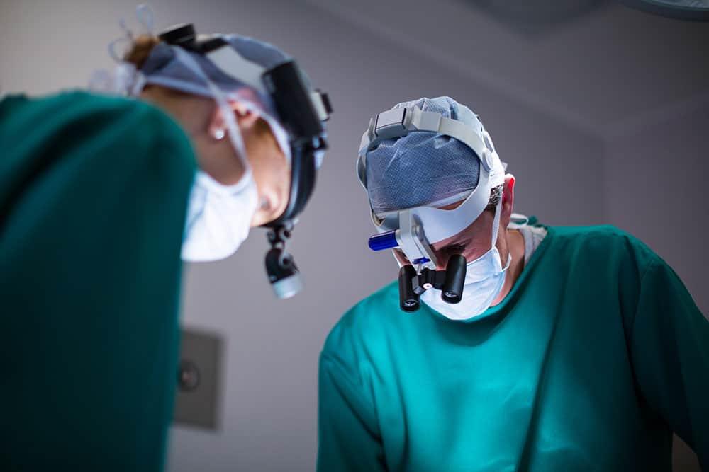 Quali tipi di procedure chirurgiche eseguono?